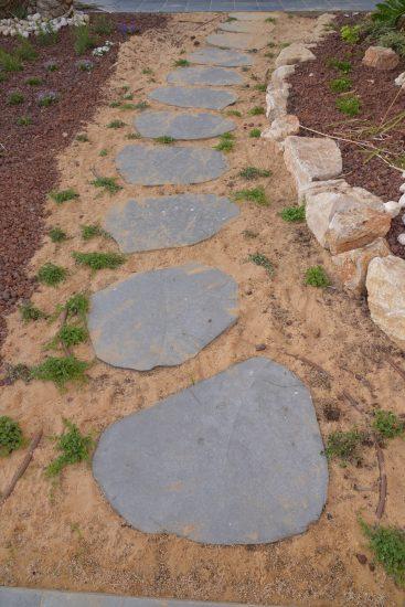 אבן מדרך לגינה במחיר המשתלם ביותר במפעל נופי שיש