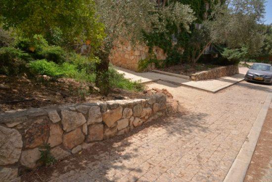 ריצוף אבן טבעית